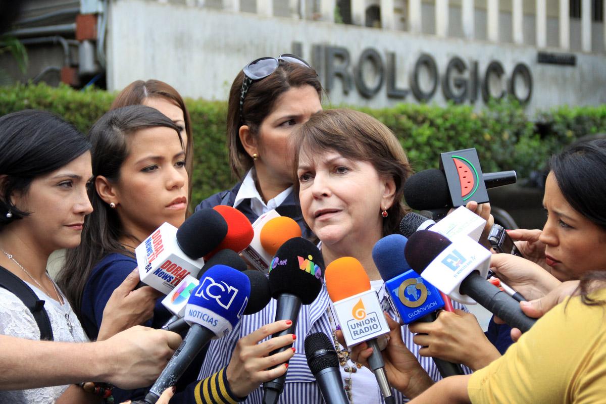 Mitzy Capriles: Casa por cárcel no es plena libertad para Ledezma