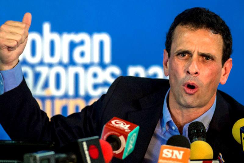 Capriles: Reducción de divisas a venezolanos es señal de fase crítica