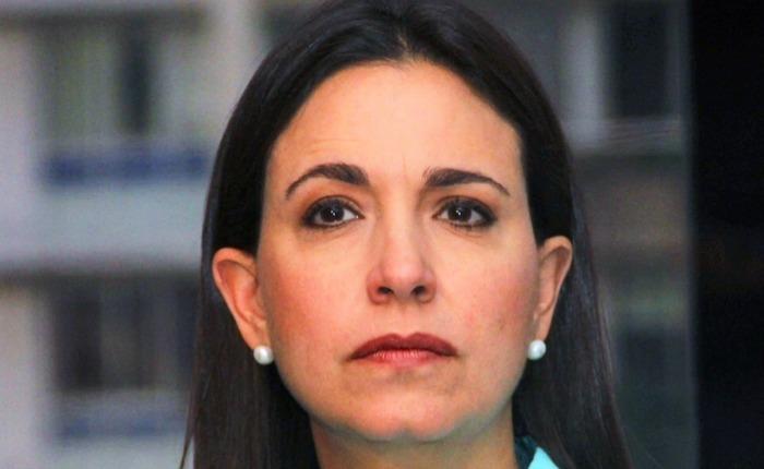María Corina sigue presa por Asdrúbal Aguiar