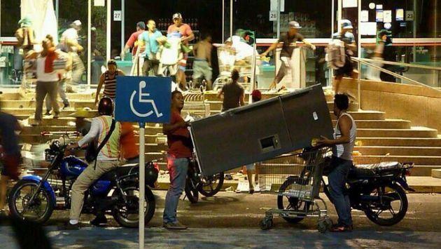 VIDEO Los 16 saqueos en Venezuela que han sacudido las redes sociales en un año