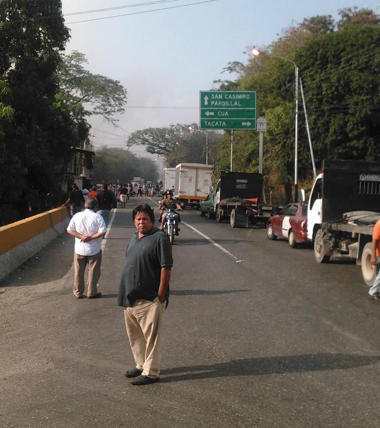 Reportan protestas en Miranda, Lara y Zulia por falta de agua y gas