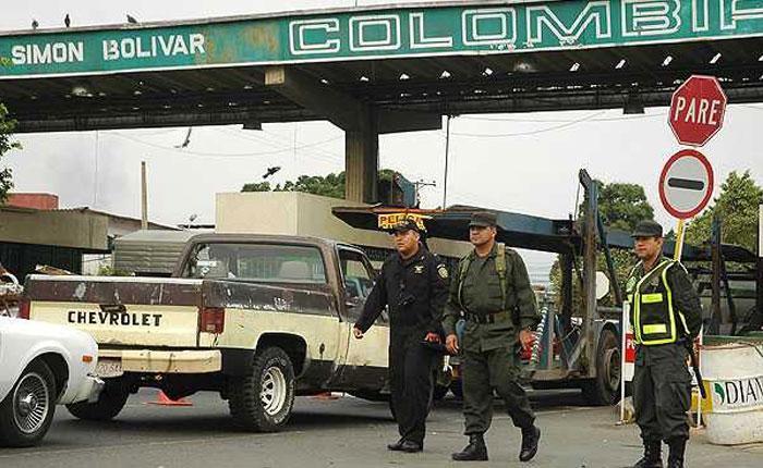 Venezuela niega violación de derechos de deportados colombianos