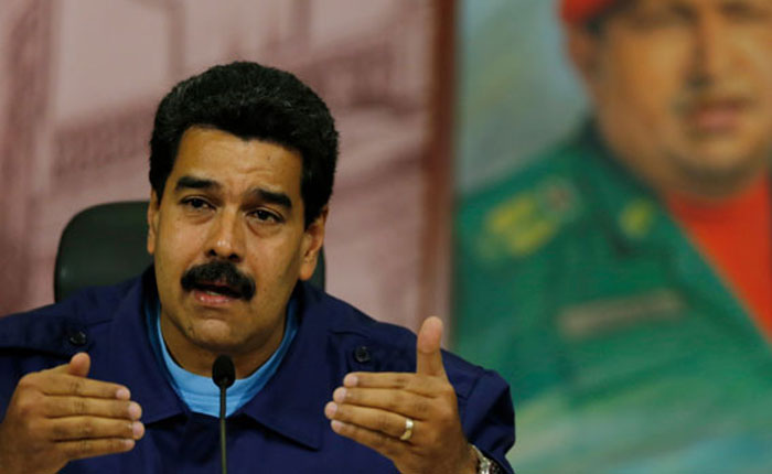 ¿Chávez vive? Maduro tampoco por José Domingo Blanco