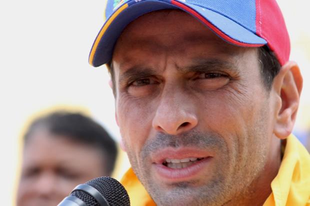"""Capriles asegura que deben ganar parlamentarias para detener """"saqueo"""" del Gobierno"""