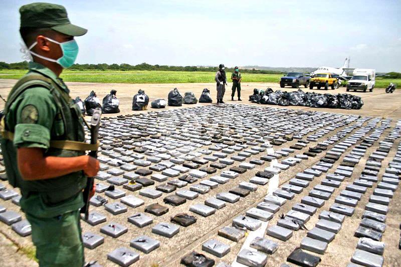 Lo que han publicado medios internacionales sobre funcionarios del gobierno presuntamente vinculados con narcotráfico
