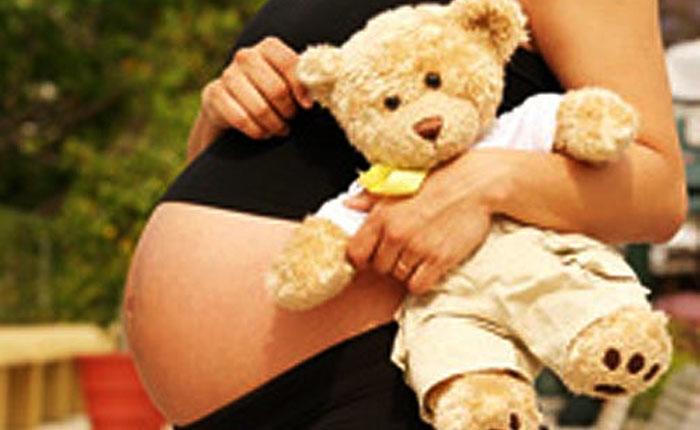 ONU estima que uno de cada 4 partos en Venezuela es de una adolescente
