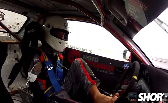 El piloto de rally que te dejará loco… Porque no tiene manos y maneja con los pies