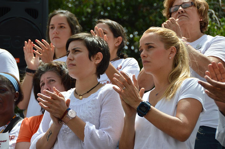 López exige fecha de parlamentarias para levantar huelga de hambre