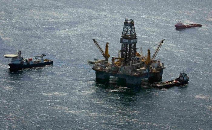 Argentina embarga a empresas petroleras de EEUU y Gran Bretaña