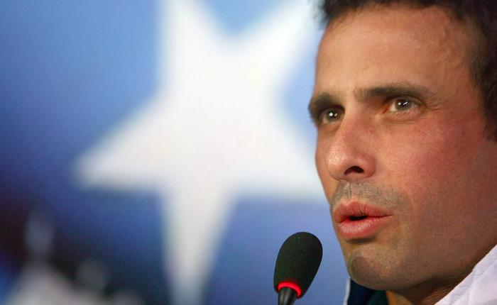 "Capriles:""Tibisay Lucena está haciendo todo porque no vayamos a votar"""