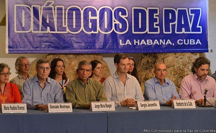 Colombia y las FARC anuncian la creación de una Comisión de la Verdad