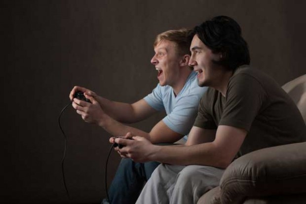 gamers_97200740-620x414.jpg
