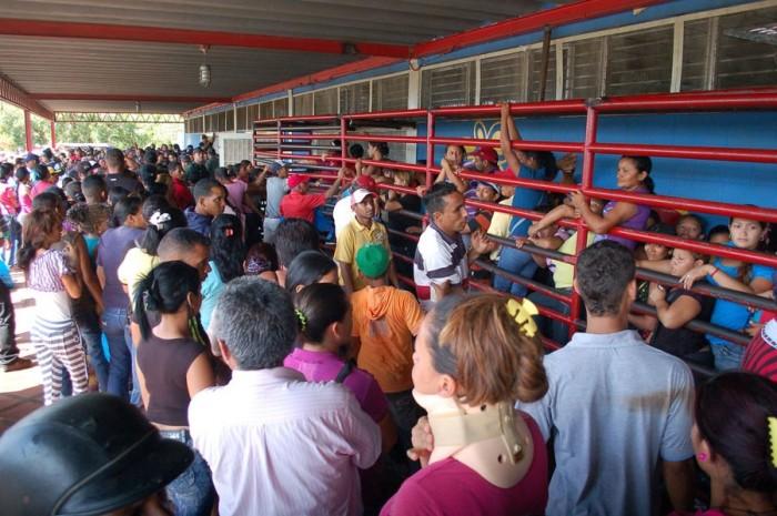 Más de medio millón de familias dejaron de comprar en Mercal