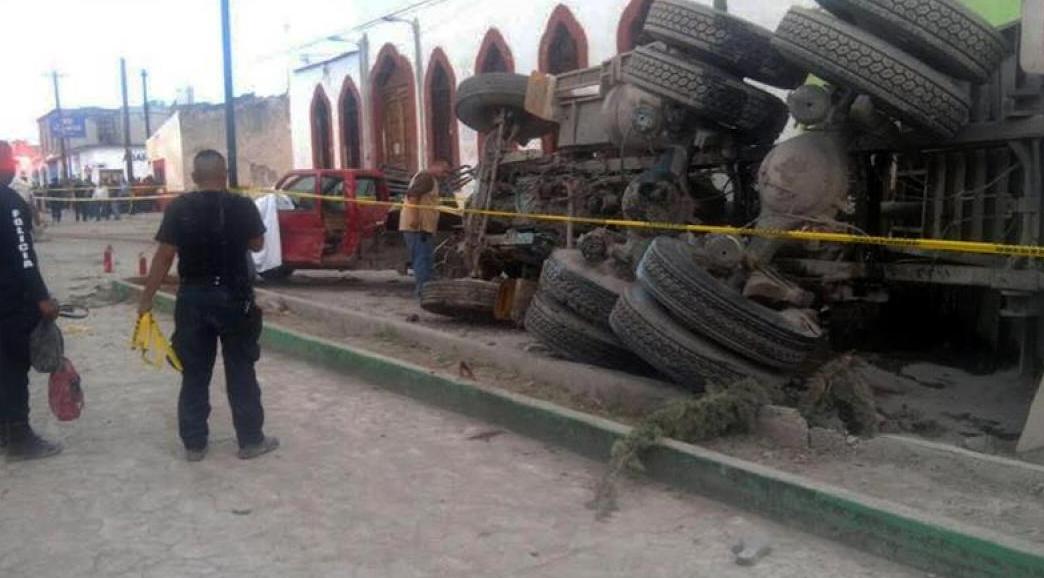 Tragedia en México: 23 personas murieron atropellados por un camión sin frenos