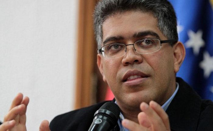 Elías Jaua admite que la migración está impactando sector universitario