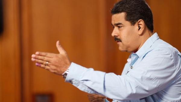 Maduro nombró a nuevos ministros de Vivienda y Hábitat y Petróleo y Minería