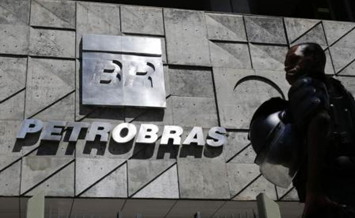 Policía Brasil apunta a políticos en nueva fase de escándalo Petrobras