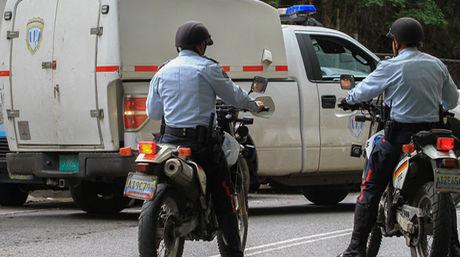 Policia-detras-pista-madre-fallecida_NACIMA20150714_0032_6.jpg