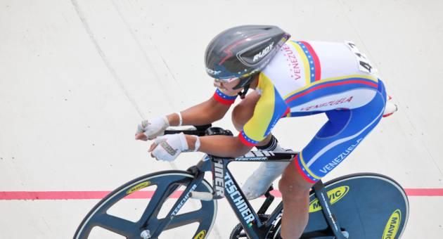 carlos_linares_ciclismo_1324141016.jpg