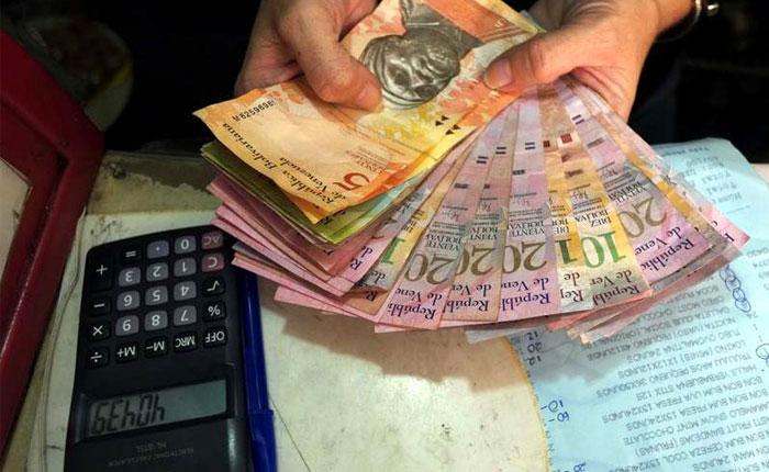 El bolívar venezolano ya solo vale el 1% de lo que dice el tipo de cambio oficial