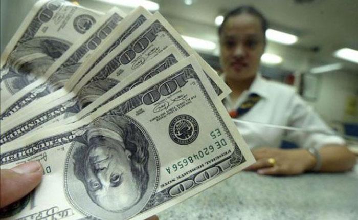 Dólar paralelo aumentó 614% en un año