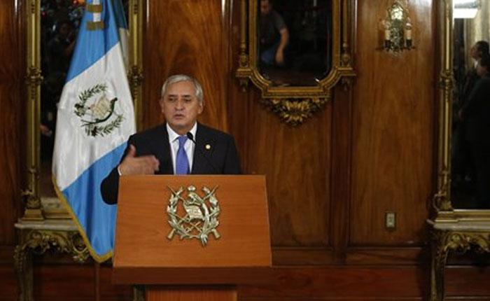 Otto Pérez Molina reconoce crisis tras escándalos de corrupción