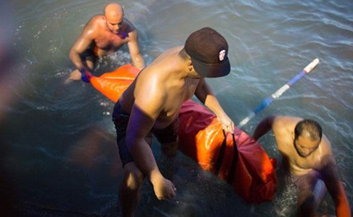 Dos barcos cargados de inmigrantes se hunden frente a las costas de Libia