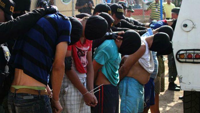Crisis fronteriza entre Colombia y Venezuela: ¿Quiénes son los paramilitares de los que habla Nicolás Maduro?
