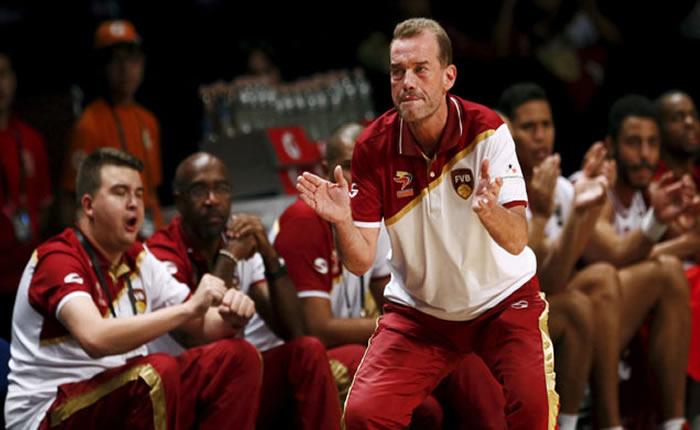Head-coach-of-Venezue-22187624-ggg.jpg