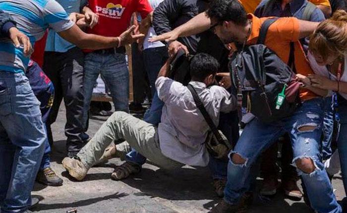 FOTOS Así agredieron a periodistas en el Palacio de Justicia