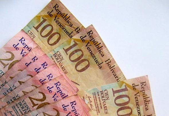 dinero-bolivares