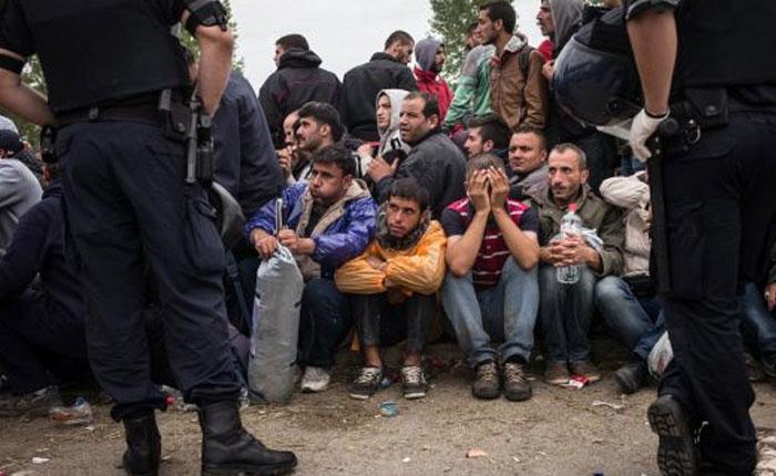 Unión Europea acuerda el reparto de 120.000 refugiados con cuatro países en contra