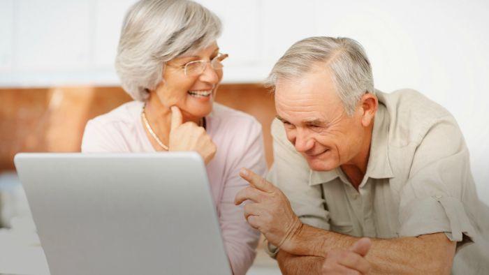 Tres razones para convencer a nuestros abuelos del uso de la tecnología