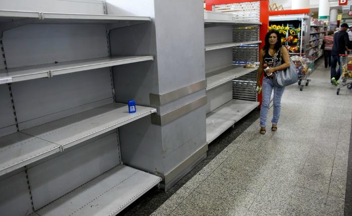 Consumidores cambian hábitos de alimentación y compra por la escasez