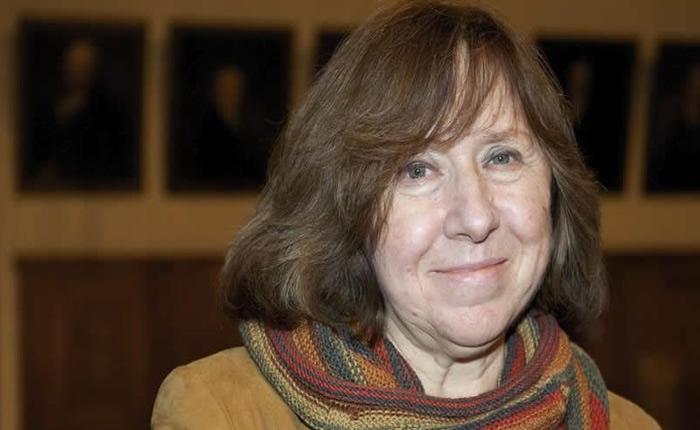 La periodista bielorrusa Svetlana Alexiévich ganó el Premio Nobel de Literatura