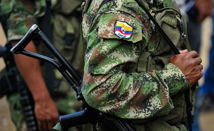 """FARC envían comunicado de apoyo a Maduro y a la """"revolución bolivariana"""""""