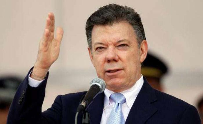 Presidente de Colombia anuncia posible hallazgo de cadáveres de periodistas ecuatorianos