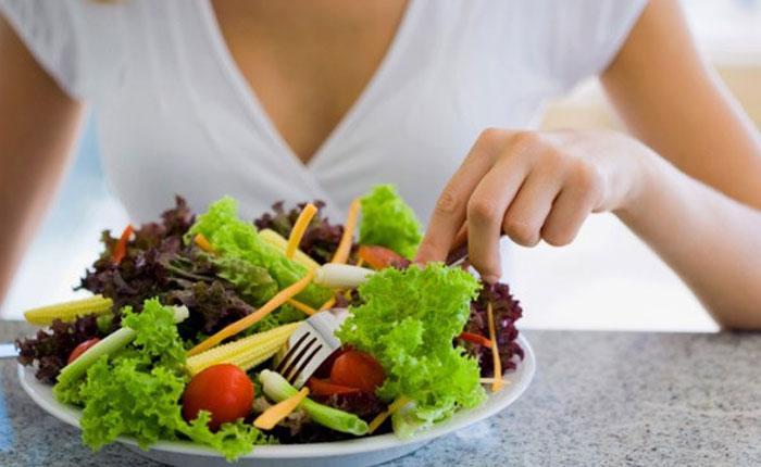 Una dieta con fibra reduce los efectos de la carne procesada