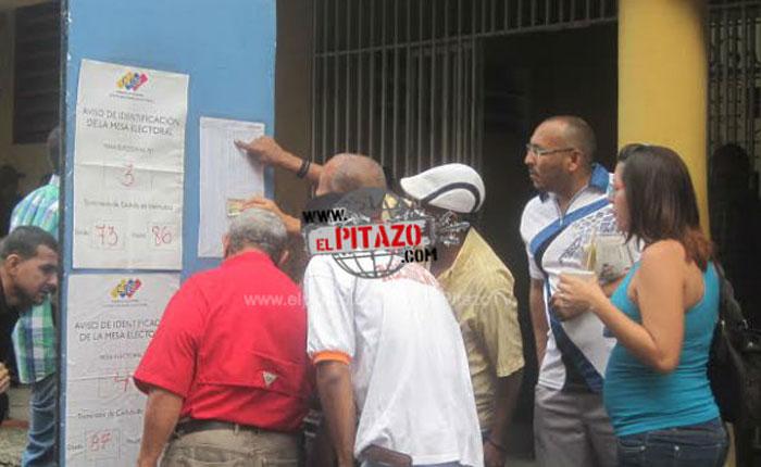 #6D Diversos centros electorales reportaron problemas en la instalación de las mesas