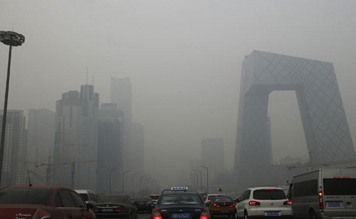 Beijing levanta la alerta roja por contaminación