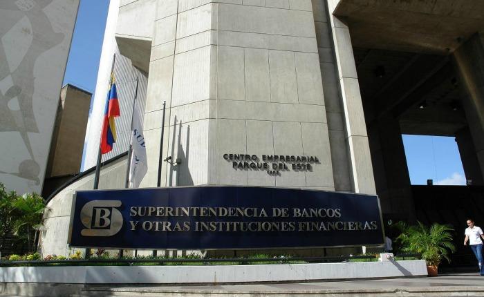 Sudeban congeló decisión de entregar datos bancarios