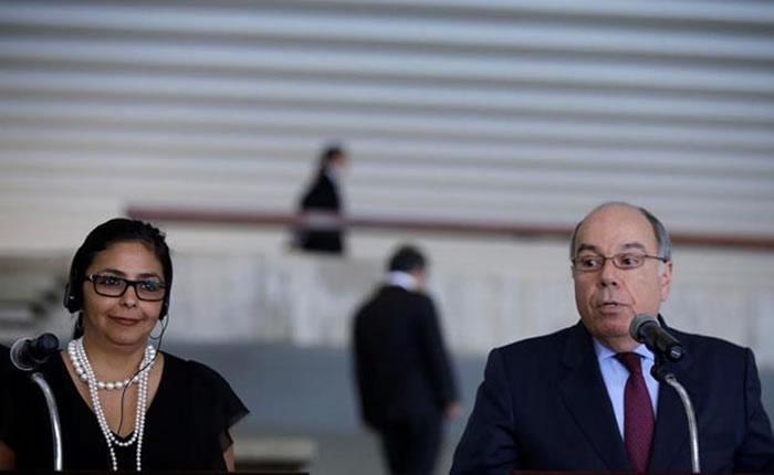 Delcy Rodríguez y su homólogo brasileño