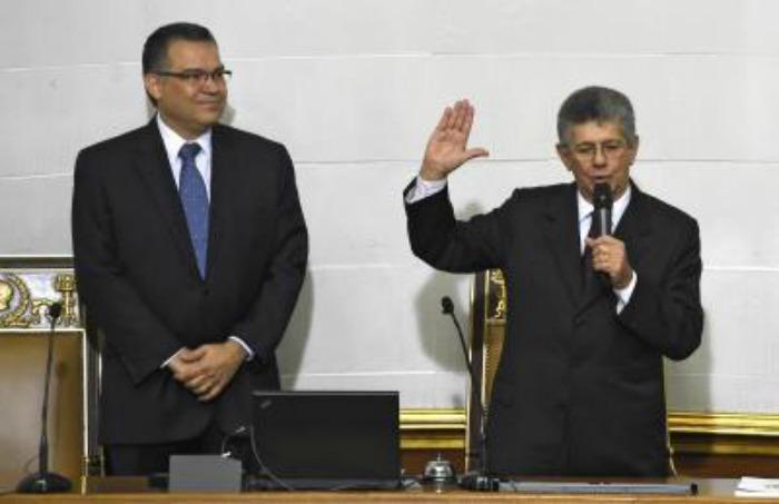 ECUADOR--Venezuela--opositor-Ramos-Allup-jura-como-nuevo-presidente-de-Asamblea-Nacional-gonzalo-morales