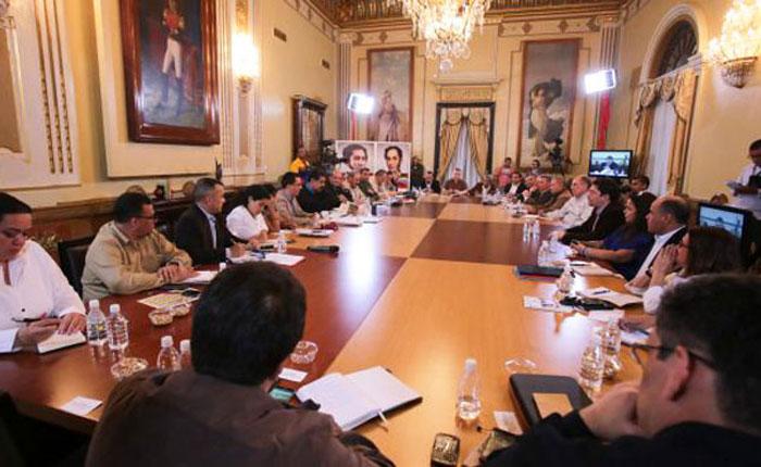 Último decreto del presidente: Nuevas unidades de medida, por Eduardo Semtei