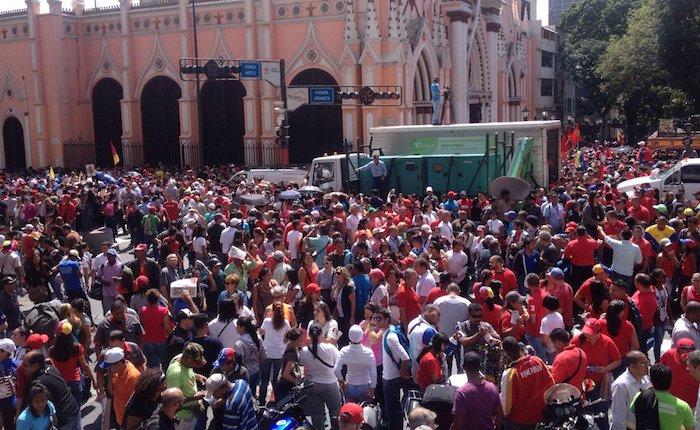 Chavistas tomaron cercanías del Capitolio durante instalación de la nueva AN