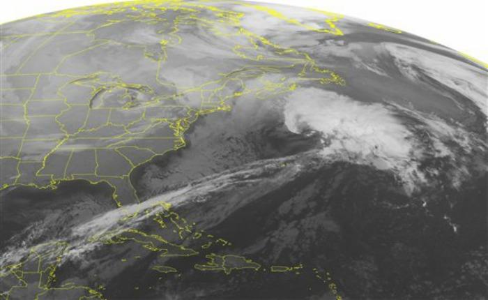 Gran nevada mantiene en alerta a los Estados Unidos