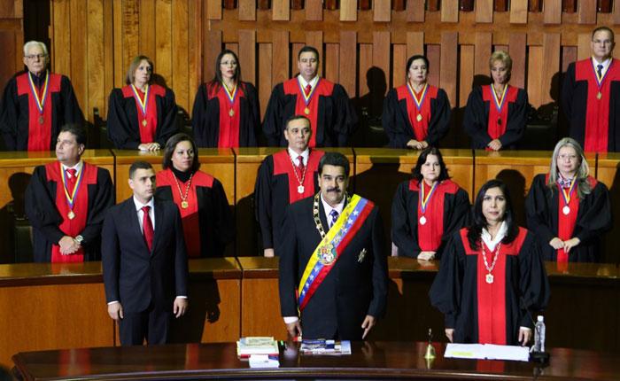 Transparencia Venezuela: Sentencia que da a Maduro todos los poderes públicos deja al país sin Estado de Derecho