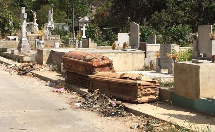 Jesús Armas: Bajo la administración de Jorge Rodríguez ni los muertos descansan en paz