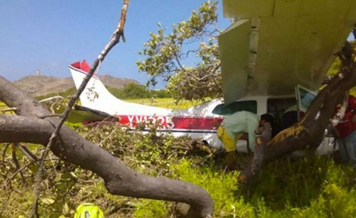 Avioneta se estrelló en Los Roques y deja 2 heridos