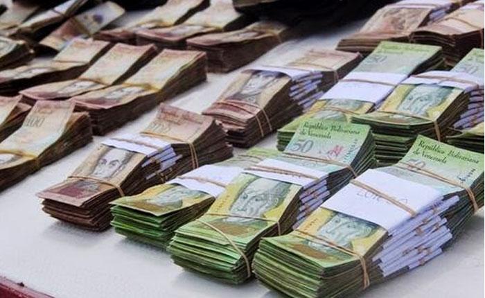 Tozudez de Maduro imprime más billetes y aumenta la inflación